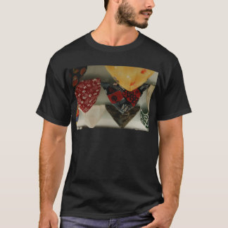 褌 Two T-Shirt