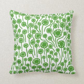 090512 - Avocado Green on White Cushion