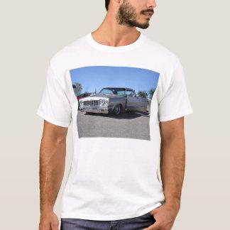11-18-06 lowrider show 019 T-Shirt