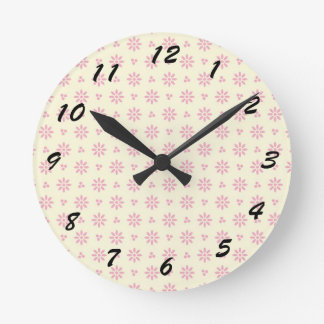 12 Number Choices to Choose From Eyelet Clock