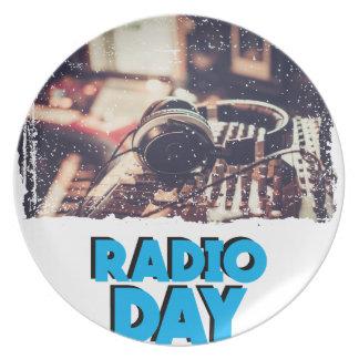13th February - Radio Day - Appreciation Day Plate