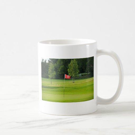 18th Hole of The Golf Course Mugs