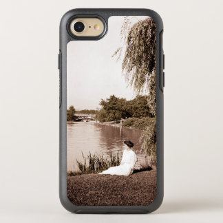1910 Photo Woman in Deep Reflection at Pond Photo OtterBox Symmetry iPhone 8/7 Case