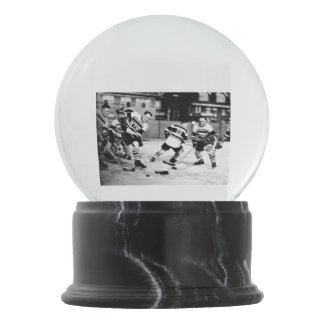 1928 - Detroit Hockey on a Wintry day Snow Globe