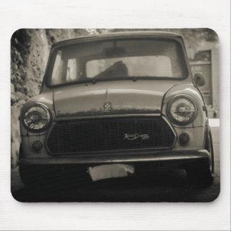 1975 Old Mini Cooper 1300 Mouse pad