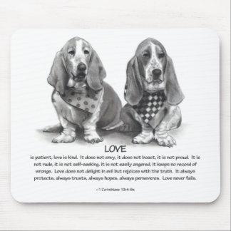 1 CORINTHIANS 13: Love: BASSET HOUNDS Mouse Pads
