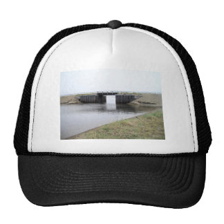 1ST BRIDGE IN KOTZ MESH HATS