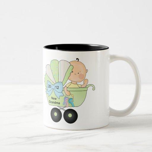 2012 Grandma (green) Mugs