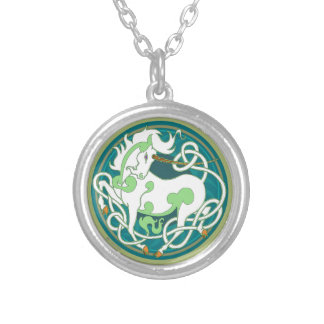2014 Mink Style Unicorn Necklace - Green/White