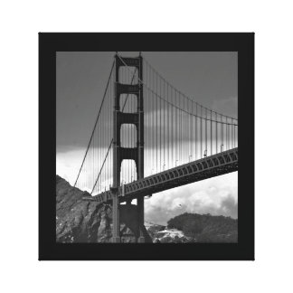 25 X 26 BLACK & WHITE GOLDEN GATE BRIDGE PRINT