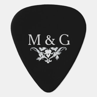 2 Monograms Couple with Scrollwork Plectrum