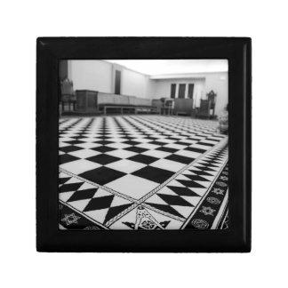 2c3c2a48cd8fa24420df8732d09ecfc6--freemason-lodge- gift box