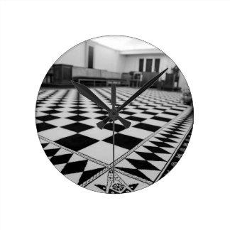 2c3c2a48cd8fa24420df8732d09ecfc6--freemason-lodge- round clock