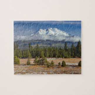 310D MOUNT SHASTA ACROSS A FIELD OF SNOW JIGSAW PUZZLE