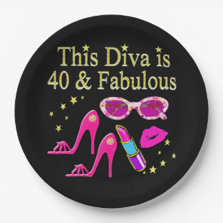40 YEARS OLD AND A FABULOUS DIVA PAPER PLATE