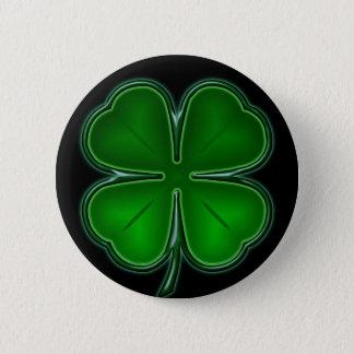 4 Leaf on Black Back 6 Cm Round Badge