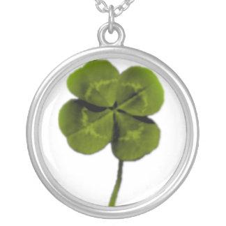 4leaf clover round pendant necklace