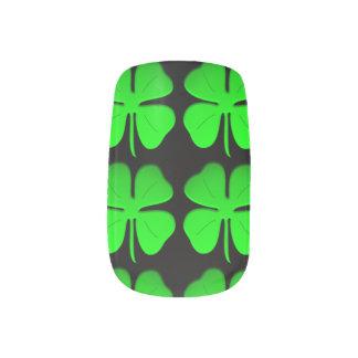 #4leafclover Minx Nail Art