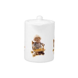 501 Sasha baby Honey blond Sandy tea jug