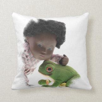 519 Sasha Cara Black baby cushion