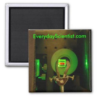 532-2v, EverydayScientist.com Square Magnet