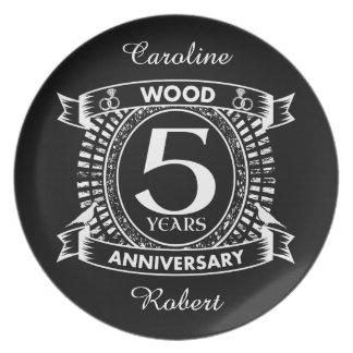 5th wedding anniversary distressed crest plate