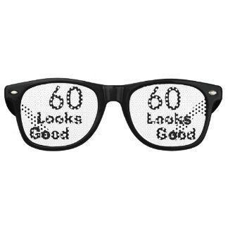 60 Looks Good © Funny 60th Birthday Gag Gift