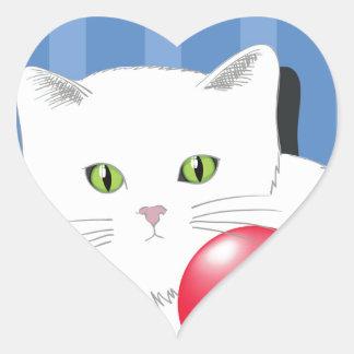 63White Cat_rasterized Heart Sticker