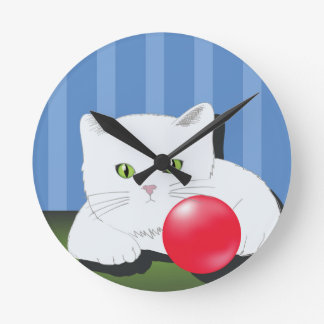 63White Cat_rasterized Round Clock