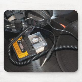 80's Retro Design Mouse Pad