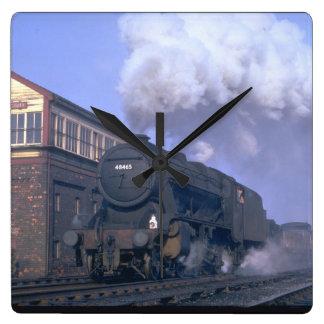 8F 2-8-0 No. 48465 heads a_Steam Trains Wallclocks