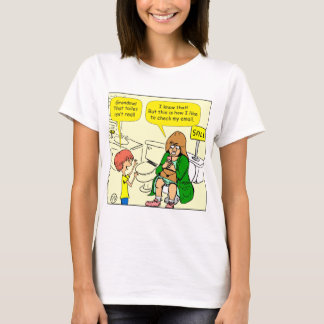 903 Grandma is checking email cartoon T-Shirt