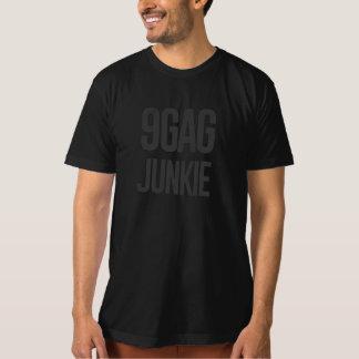 9gag junkie T-Shirt