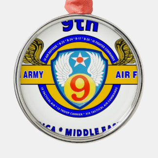 """9TH ARMY AIR FORCE """"ARMY AIR CORPS"""" WW II Silver-Colored ROUND DECORATION"""