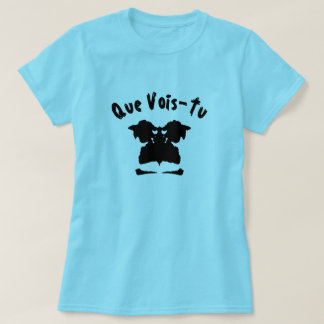 A blot test with text Que Vois-Tu T-Shirt