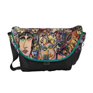 A BUNCH O' FACES Messenger Bag