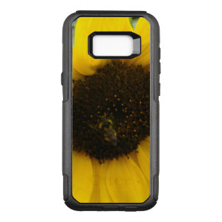 A Busy Bee OtterBox Commuter Samsung Galaxy S8+ Case