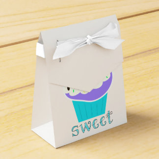 A Cup Full of Sweetness Favour Box