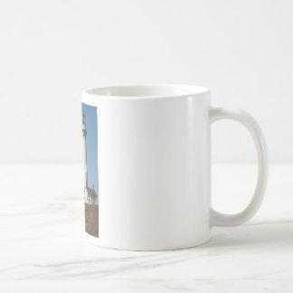 A LIGHTHOUSE BASIC WHITE MUG