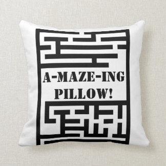 A-MAZE-ing PILLOW! Throw Pillow