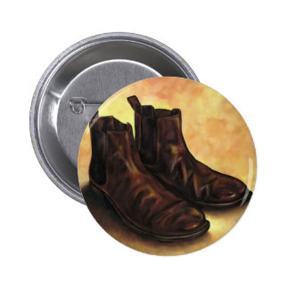 A Pair of Chelsea Boots 6 Cm Round Badge