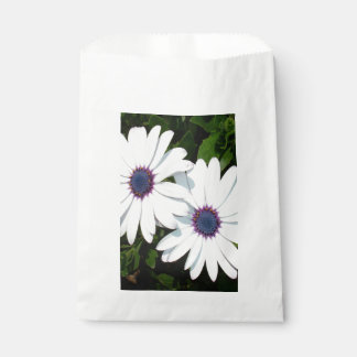 A Pair of Pristine White African Daisies Favour Bag