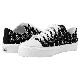 A Pirates Life skullshoes_1 Low Tops