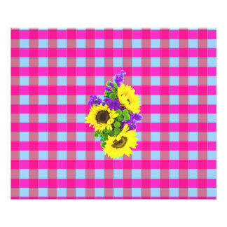 A Retro Pink Teal Checkered Sun Flower Pattern. Photo