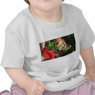 A Toddler's T-shirt (24mo.) With A Gnome & Flower