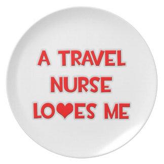 A Travel Nurse Loves Me Party Plates