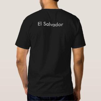 A wild iguana in El Salvador printed men's T shirt