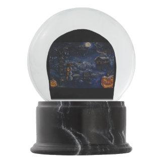 """A Winter Halloween"" Painting Snow Globe"