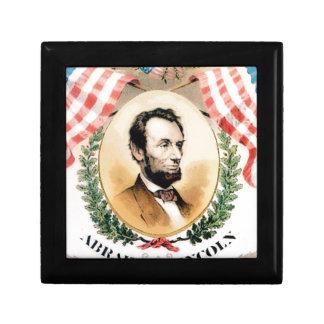 Abe oval gift box