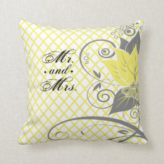 Abraxas Abstract Floral Fishnet yellow Mr. & Mrs. Cushion